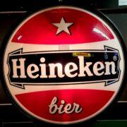FH5036 a heineken bier lichtbak lamp amstel bier grolsch bavaria jupiler mancave bar kroeg dekornschuur.nl